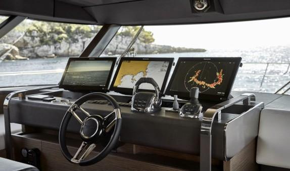 Raymarine, Princess, PRESTIGE ve Spirit Yachts'ın Yenilikçi Yeni Tekne Tanıtımlarında Kullanıldı