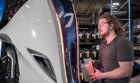 Volvo Penta, Seven Marine Dıştan Takmalı Motor Üretimine Başladı