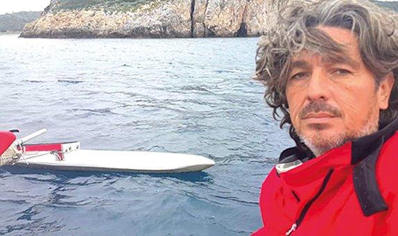 Kolayına Rüzgarla Motorsuz, Açık Güverte, Yelkenli Bir Kanoyla Kuzeye Yükseliş Seyahati