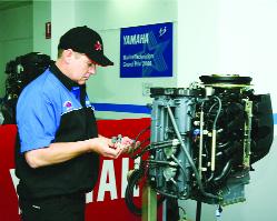Yamaha Teknik Akademisi servislerine sıkı eğitim veriyor